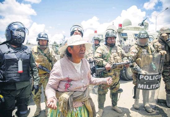 ?? AFP ?? Avanza la investigación por el apoyo del gobierno de Macri al golpe en Bolivia.
