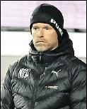 ?? Foto: imago images/Zink ?? Bedient: VfL-Trainer Marco Grote.