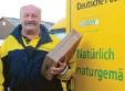 ?? Foto: Buchka ?? Helmut Rottach leitet das Postzusteller‰ Team in Dietmannsried.