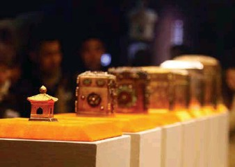 ??  ?? Boxes that once contained the Buddha's relic