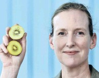 ?? PHOTO: GRE­GOR RICHARD­SON ?? Fruit ben­e­fits . . . As­so­ciate Prof Tam­lin Con­ner has found health ben­e­fits in ki­wifruit.