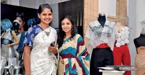 Pressreader Daily Mirror Sri Lanka 2018 12 13 Apparel Fashion Design Exhibition Texstyle 2018 The Open University Of Sri Lanka
