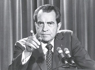 ?? CHARLES TASNADI/AS­SO­CI­ATED PRESS ?? Pres­i­dent Nixon at a news con­fer­ence in March 1973, in the mid­dle of the Water­gate era. Much more than now, there was a shared set of facts and politi­cians who sup­ported un­cov­er­ing the truth.