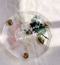 ??  ?? The Preserved Flowers Coaster Kit retails for $39 at www.mylin.design, and @mylindesignco on Instagram.