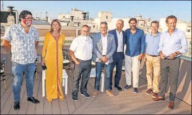??  ?? Diego Calvo, Mar Díaz, Relaño, Pepe Mata, Nicolás Lucero, Vicente Jiménez, Segurola y Valdano.