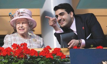??  ?? A shared royal passion: the Queen at royal Ascot with sheikh hamad bin Abdullah Al-thani