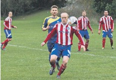 ??  ?? Hunmanby United veteran Chris Dooley in action against his former club
