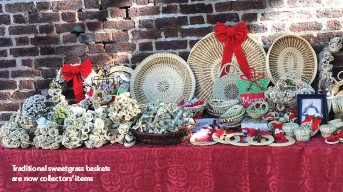 ??  ?? Traditional sweetgrass baskets are now collectors' items