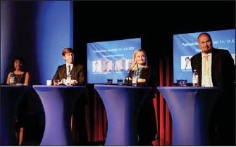 ?? SOFIA WESTERHOLM/SPT ?? SNART VAL. Sannfinländarnas ordförandekandidater debatterade i Helsingfors under torsdagseftermiddagen. Från vänster: Kristiina Ilmarinen, Sakari Puisto, Riikka Purra och Ossi Tiihonen.