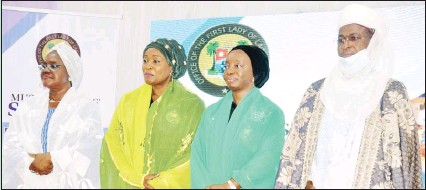 ?? PHOTO. ISAAC JIMOH AYODELE ?? •From left: Secretary to the Lagos State Government Mrs. Folashade Jaji; wife of Deputy Governor Mrs. Oluremi Hamzat; Governor's wife Dr. Ibijoke Sanwo-olu and Chief Imam of Lagos State Alhaji Sulaiman Abou-nollah at a Muslim Sisters seminar, theme: Women Obedience: Nexus for a Successful Home and Nation Building, at the Lagos House, Ikeja...at the weekend