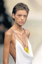 ??  ?? UNFAIR FASHION: Warnings are rife on the vulnerability of under-age and overly thin models