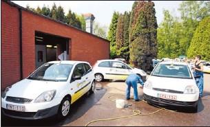 Pressreader Het Belang Van Limburg 2011 05 10 Het Wit Gele