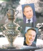 ?? Фото с сайта userapi.com ?? У самовара Дмитрий и Илон?..