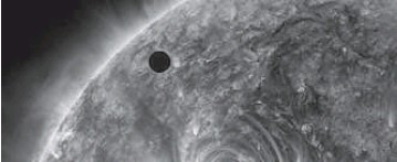 ?? REUTERS ?? In an image courtesy of NASA, the planet Venus begins its transit of the sun in June 2012.