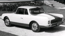 ??  ?? The original Alpine 2+2 suffered from an ungainly rear, but its chassis was well resolved