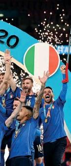 ??  ?? DOMINADORA. Itália de Roberto Mancini vence a Inglaterra em Wembley no desempate por penáltis