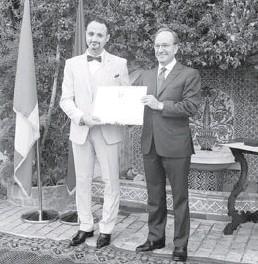??  ?? Le compositeur, musicologue, musicien et chef d'orchestre algérien, Salim Dada, a reçu la distinction d'Officier de l'Ordre de l'Etoile d'Italie