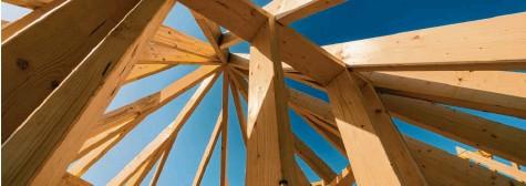 ?? Foto: Countrypixel, s tock.adobe.com ?? Die Preise für Bauholz steigen. Auch weil der Bau‰boom sich trotz der Pandemie fortsetzt.