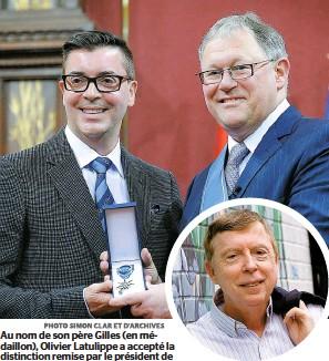 ??  ?? Au nom de son père Gilles (en médaillon), Olivier Latulippe a accepté la distinction remise par le président de l'Assemblée nationale, Jacques Chagnon.