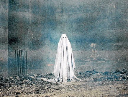 ??  ?? David Lowrey's A Ghost Story was initially inspired by a single image of a ghost.