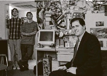 ?? Associated Press file photo ?? In this 1999 photo, Michael Dell sits in Room 2713 in Dobie Hall, a private dorm at the University of Texas, where his computer wizardry took flight.