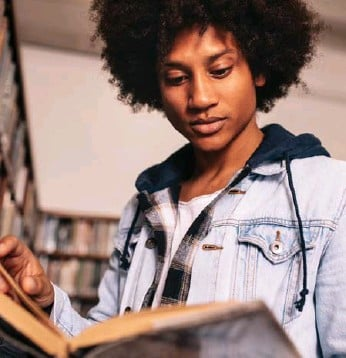 ?? TRAYC DUDGEON ?? Some author recommenda­tions include Policing Black Lives by Robyn Maynard and Brother by David Chariandy.