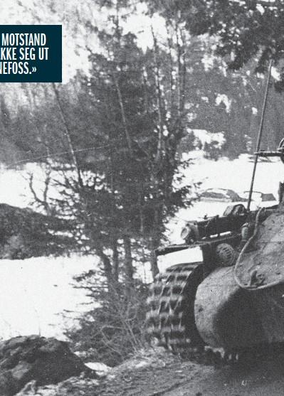 ?? Foto: FMU ?? Tysk Panzer I ruller sakte fremover støttet av infanteri i Hallingdalen.