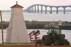 ?? ANDREW VAUGHAN/THE CANADIAN PRESS FILE PHOTO ?? The Confederation Bridge, linking Prince Edward Island to the mainland, is now 18, twice as old as the first version of the Apple iPhone.