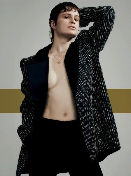 ??  ?? Chris wears, blazer by Saint Laurent, trousers by AMI NOVEMBER 2019
