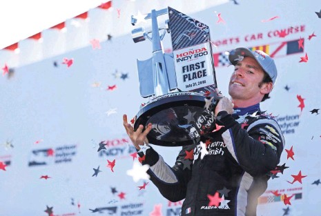 ?? AARON DOSTER, USA TODAY SPORTS ?? Simon Pagenaud celebrates after winning at Mid- Ohio Sports Car Course in July. The race presented a pivotal moment that was instrumental in allowing Pagenaud and teammate Will Power to reach the season finale as the only title contenders.