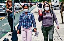 ?? AFP ?? ► Las clases se suspendieron esta semana en la ciudad de México debido a la contaminación del aire.