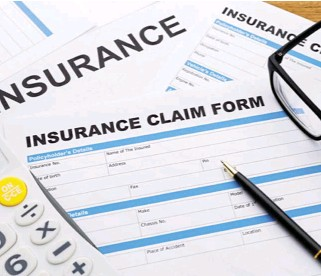 ?? ?? New era: Filling in paperwork and digging in boxes for forms should become a thing of the past once technology is applied to all parts of the insurance process. This would free up employees to focus on high-value tasks and help streamline overall business strategy.