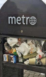?? Bild: Maya Dahlén ?? Metroställens öde: soptunnor.