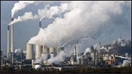 ?? THE ASSOCIATED PRESS ?? Steam and smoke rises from a coal burning power plant in Gelsenkirchen, Germany.