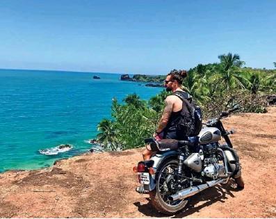 ?? Foto osebni arhiv ?? Lepote indijske zahodne obale privlačijo obiskovalce z vseh koncev države, navdušile so tudi Luko Majcna.