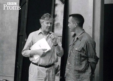 ??  ?? Opera talk: Glyndebourne's general director Anthony Whitworth Jones chats about Flight with Dove in 1998