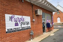 ?? (Pine Bluff Commercial/Byron Tate) ?? The Purple Purse is a nonprofit repurposed goods store that is a program of CASA Women's Shelter.