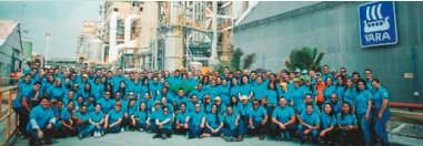 ??  ?? Colaboradores de la planta de producción en Mamonal, Cartagena. Contenido elaborado con apoyo de Yara