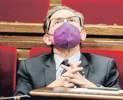??  ?? Jaume Giró, ayer en el Parlament, ha estado en el ojo del huracán de la tensión entre ERC y Jxcat