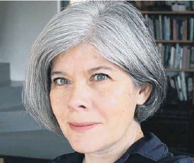 ??  ?? NEW BOOK: Au­thor Juliet Bates whose lat­est novel The Colours is set in 20th cen­tury North York­shire.