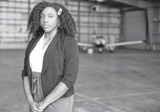 ?? Elizabeth Conley / Staff photographer ?? TSU sophomore Ashanti Morris, 19, who has wanted to be a helicopter pilot for the U.S. Coast Guard since she was 14, said she can't afford to pursue the pilot program because of the fees.