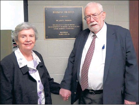 ??  ?? Georgia Strain Harkins attends the ceremony honoring her husband, Dr. John E. Harkins, with naming of the Harkins Archives at Memphis University School.