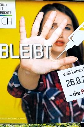 """?? ?? """"Nein bleibt Nein"""", warben die Impfgegner von MFG für """"Eigenverantwortung""""– und schafften es locker in den Landtag."""