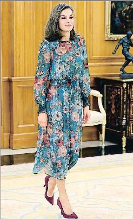Flowers A Dress Premieres Letizia Zara Autumn With Covered XuZOkiTP