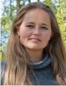 ?? FOTO: HEIDI_HAKALA/SPT ?? Triinu Varblane, landsprojektledare för Future Cleantech Solutions i Finland, tycker att det är bra att också de som leder EU-programmen utmanas. – Vi ska inte bli för bekväma. Vi måste våga förändras och tänka nytt, liksom företagen och miljöerna som vi ska stöda. Arkivbild.