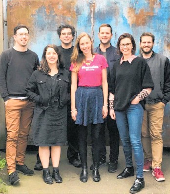 ??  ?? Sharesies founders (left to right) Ben Crotty, Sonya Williams, Richard Clark, Brooke Roberts, Leighton Roberts, Natalie Bryant and Martyn Smith.