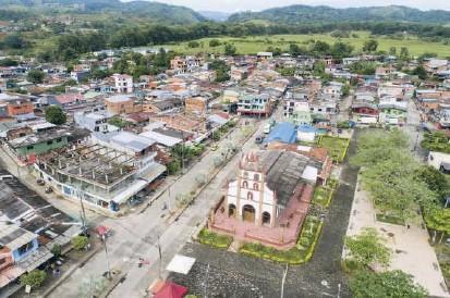?? FOTO ESTEBAN VANEGAS ?? Tarazá está ubicado a 125 metros sobre el nivel del mar, en la subregión del Bajo Cauca. Según la Registraduría, en ese municipio hay 19.614 personas habilitadas para votar.