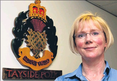??  ?? Ms Curran was given the back­ing of the con­vener of the joint po­lice board over the text in­ci­dent.