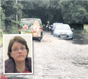 ??  ?? Heavy rain caused flood­ing along the A5209 be­tween Burscough, Par­bold and New­burgh and (in­set) West Lan­cashire MP Rosie Cooper