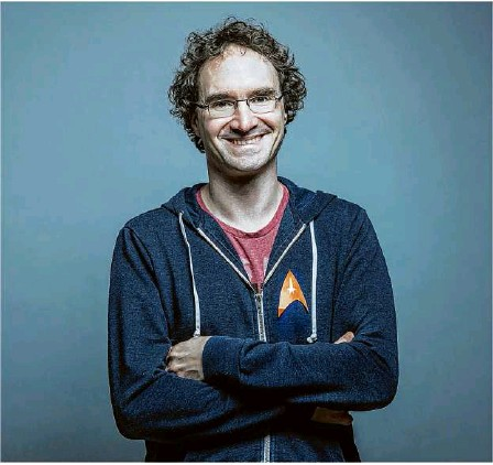 ?? Foto: Gaby Hoess ?? Fabian Rökens Schoolcraft GmbH aus St. Johann zählt schon jetzt zu den zehn innovativsten Unternehmen des Landes.